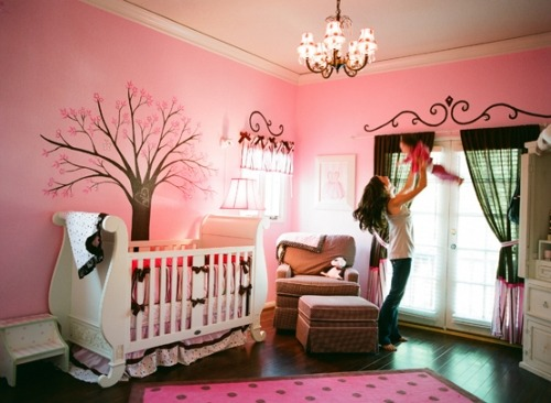 Adorable little girls room.
