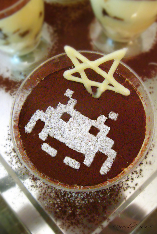 it8bit:  Space Invader Tiramisu - by nicolecolecole  mmmmm Tiramisu!
