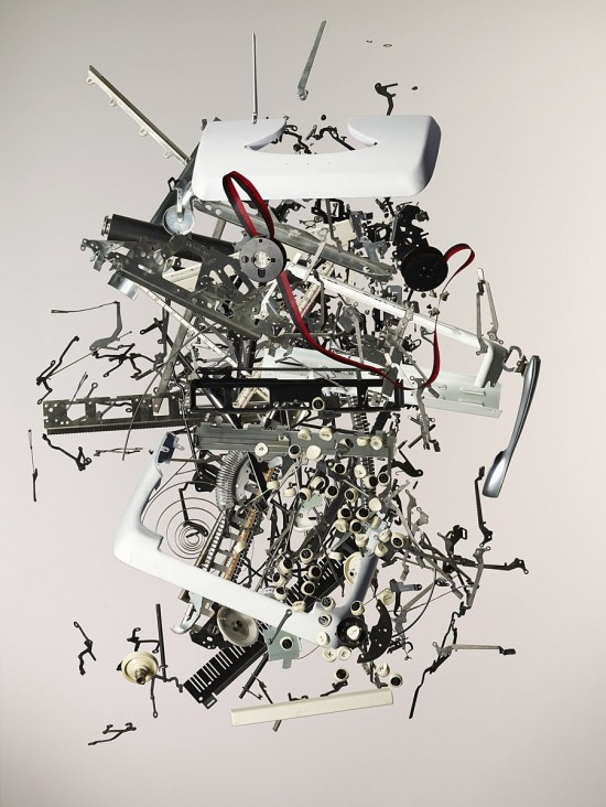 Todd McLellan's Dissassembled Objects. (via Fubiz)