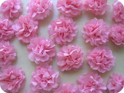 via Zakka Life  tiny tissue flowers for gift boxes and such