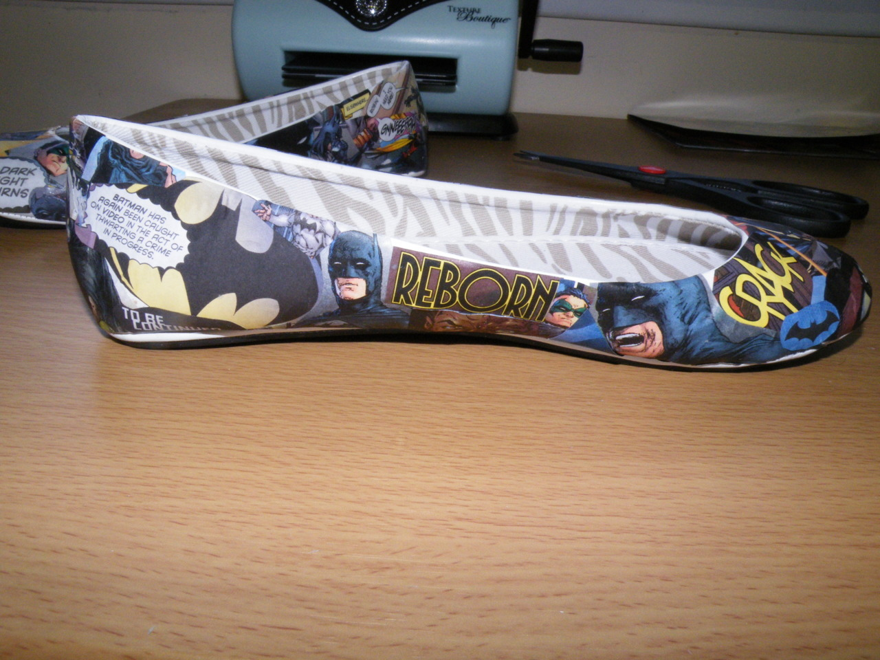 Super sweet geeky Batman flats.