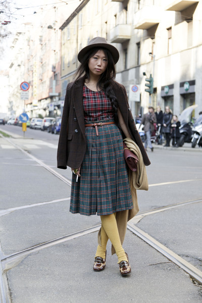 The plaid, the hat, the shoes, the belt— this outfit can do no wrong!