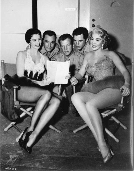 Cyd, Gene Kelly, Dan Dailey, Michael Kidd and Dolores Gray on the set of  It's Always Fair Weather (1955).