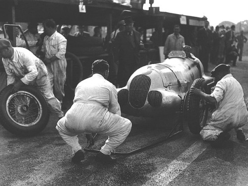 1937 donington gp - manfred von brauchitsch w125