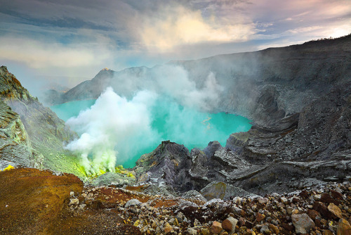 Beautiful Ijen (by tropicaLiving)