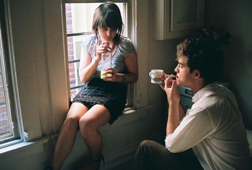 Queria que soubesse que sinto sua falta todos os dias, a cada segundo. E não, eu não sinto falta de nós, mas sim de você e do amigo que costumava ser pra mim. (LeandraRamos)
