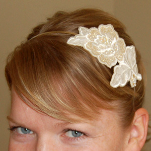craftcafe:  Craft Snob: Flower Appliqued Headband Tutorial