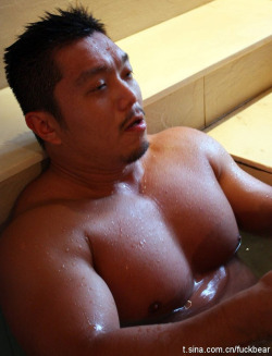 Sexy asian man in a bath :)