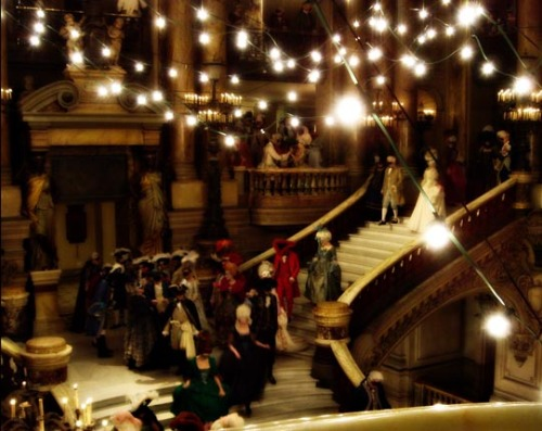 vivelareine:  Behind the scenes of Marie  Antoinette (2006)