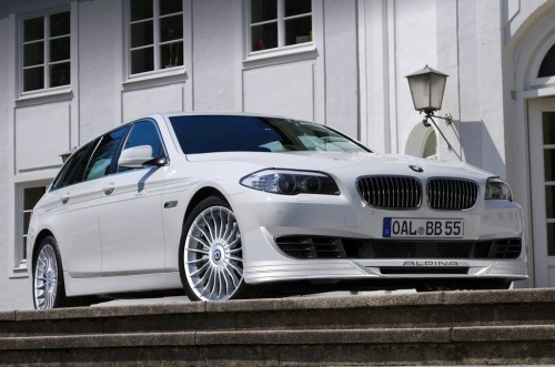 Alpina B5 Biturbo based on BMW 5-series Touring (via carpr0n)