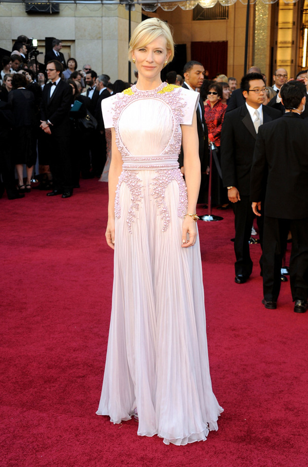 Ughhh, still too amazing. Cate Blanchett wearing Givenchy Haute Couture at the Oscars