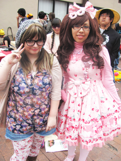 me & a random sweet lolita at the matsuri festival in phoenix!<3