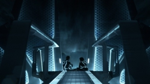 I watched Tron Legacy last night and I enjoyed it, despite all the negativity which people have heaped on to it. Firstly, it didn't blow my mind or anything, but there were moments that certainly blew parts of my mind enough that I though, wow that's cool. I found all the players engaging enough and some of the action or game sequences were simply awesome. So why the hate people? I don't get it. Was the trailer just too much awesome that hearts were hyped on it being a game changing flick? The visuals were certainly up to par. The film has it's faults for sure, cgi Clu for one, but it didn't effect my enjoyment one bit. I could see what they were trying to do, and sure it fell a little at times, but it was still kinda cool. Have people just simply forgotten how to enjoy an straight up popcorn flick because our collected geek values have been raised to new levels? Perhaps. I enjoyed it anyway. I'd be up for watching it again as well at some point, I probably won't buy it just yet, but I'll definitely seee it again at some point.