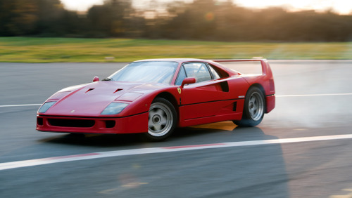 italiancars:  Ferrari F40 going sideways // photo by Top Gear
