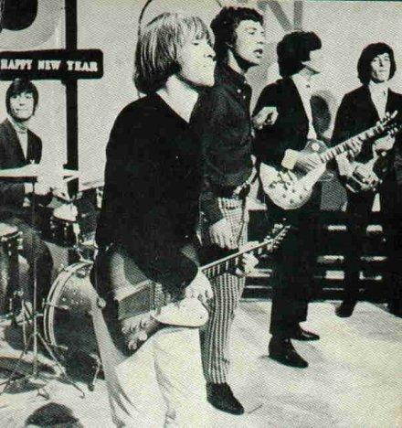 CHARLIE WATTS, BRIAN JONES, MICK JAGGER, KEITH RICHARDS et BILL WYMAN