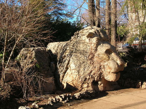loverwife:  Lion statue in Ifrane, Morocco
