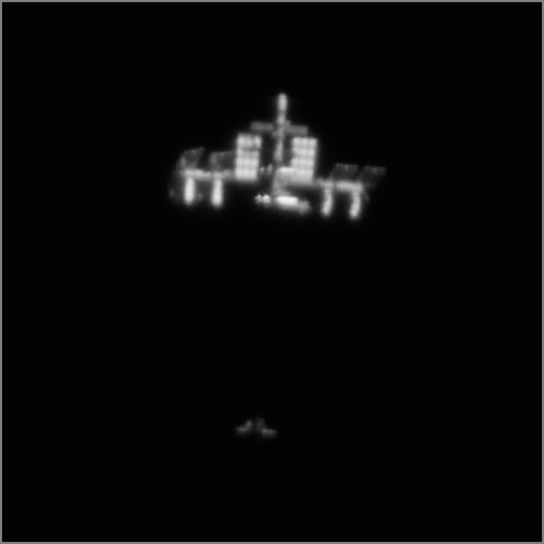uraniaproject:  Incredible Video of Shuttle Approaching ISS, Taken from Earth