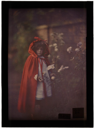 Joan in Red Riding Hood Cape with basket - Autochrome - John Cimon Warburg - c. 1907