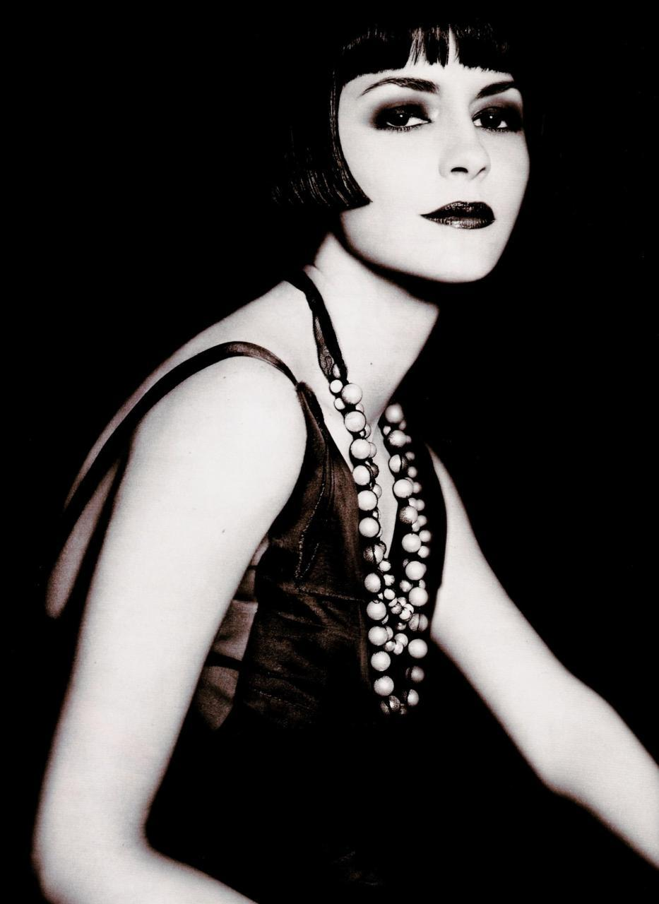 Audrey Tautou as Louise Brooks - Elle France, May 2006