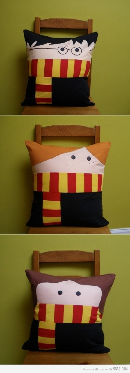 9gag:  Cute Harry Potter Pillows