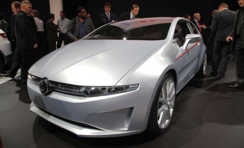 The ItalDesign Giugiaro Volkswagen Tex is a stylish 2-door that rides on the new front-engine, front-drive platform developed for the next-generation Audi A3.