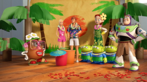 Another Toy Story Hawaiian Vacation still. BUZZ AND JESSIE'S FACES!  ZOMG!! >_<