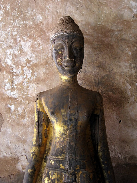 Buddha at Wat Si Saket, Vientiane (by Mark Robertson) (via toseethesummersky:)