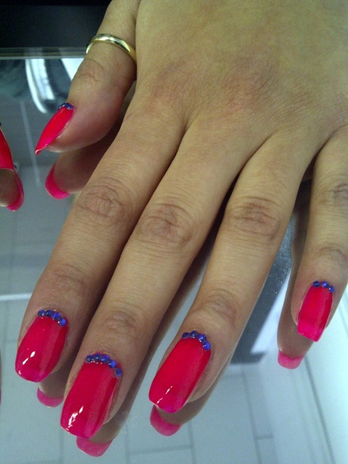 These are her REAL nails!