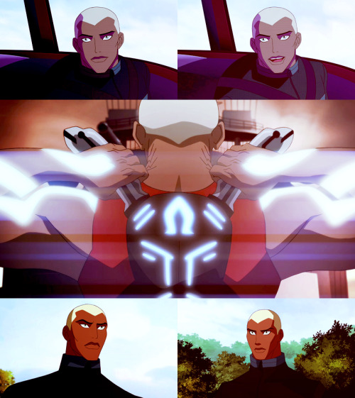 casswing:  Top five screencaps of Aqualad from Young Justice ep 3