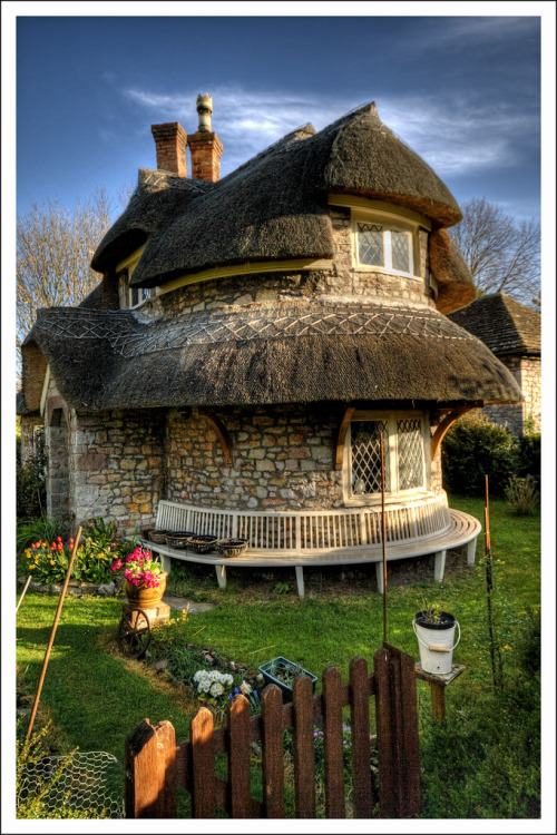 theworldknowledge:  Blaise Hamlet Circular Cottage Bristol, England - UK by terry