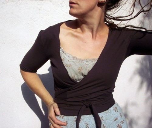 Crows Cloth - A number of very cool tops and sweaters, along with some interesting accessories.