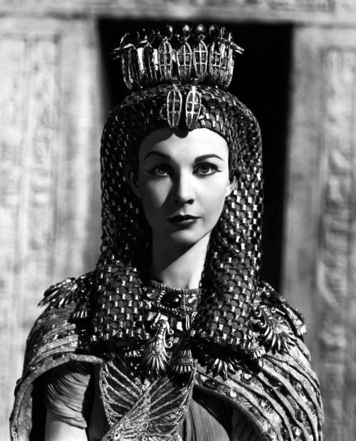 "Vivien Leigh as Cleopatra in ""Caesar and Cleopatra"" 1945"
