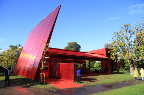 Serpentine Gallery Pavilion 2010 in London by Jean Nouvel who is designing Central Park for Sydney on Broadway, opposite UTS.
