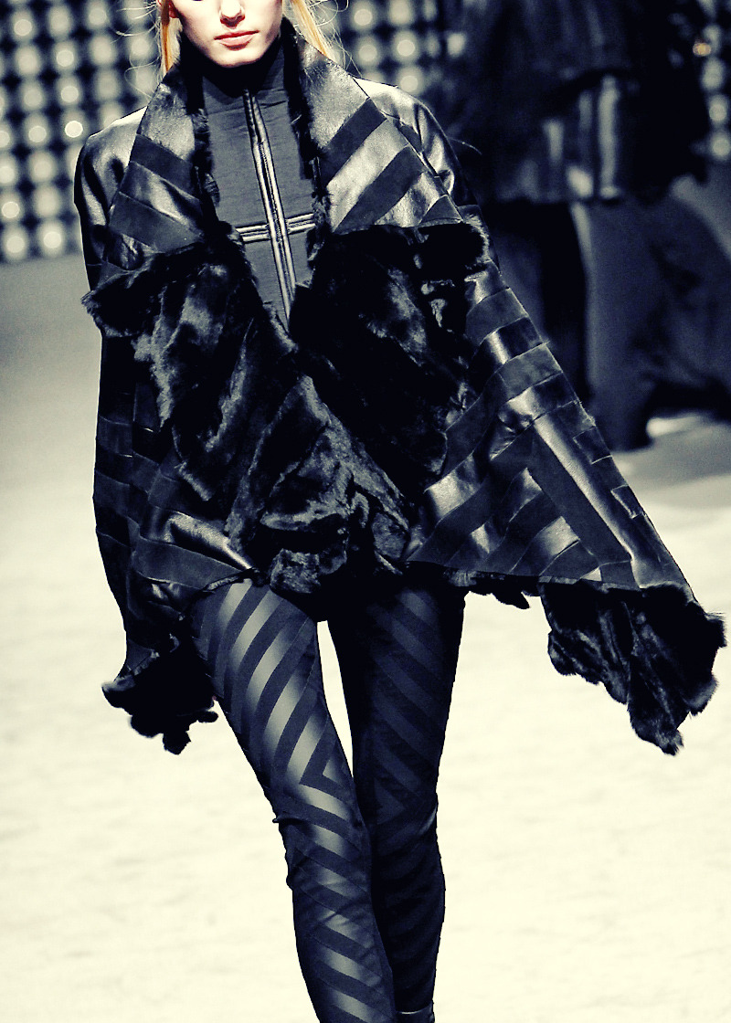 Gareth Pugh Fall/Winter 2011/2012