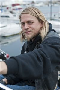 2010 Charlie Hunnam Interview