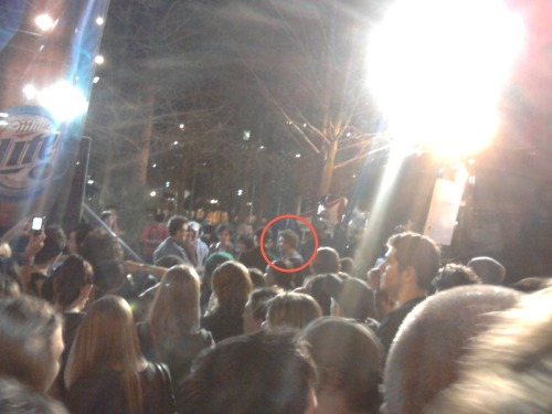 The guy in that circle is Chad Michael Murray. I don't really know who he is, but he's all famous and stuff. I couldn't get a picture of Kat Dennings because I couldn't see her over the crowd and when I was right next to her, they were filming so I couldn't snap a pic.