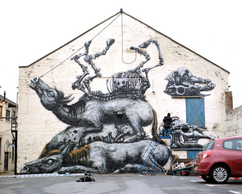 ROA: 'Four Horses', Newcastle (via)