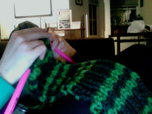 Working on a Slytherin Delacour Bow Button Cowl.