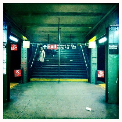 Ligne L, Brooklyn, Hipstamatic John S Lens, Blanko Film, No Flash, Taken with Hipstamatic