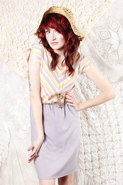 Pastel Candy Shoppe Dress | Red Velvet Shop Yay! The Red Velvet Shop is open! I love every dress in this store, especially this lovely lilac and lemon combination. Also check out the E-Courses, I think I will check out the Retro Beauty one myself!