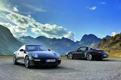 2011 Porsche 911 Black Edition (Coupe & Cabriolet).