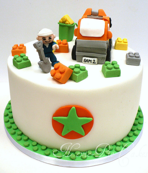 duplo cake (by Natasha Collins)