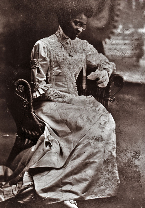 Educator Charlotte Hawkins Brown on her wedding day in 1912.  Founder of the historic Palmer Memorial Institute in North Carolina, Ms. Brown was also one of the invaluable suffragists who worked for black women to have the same equal rights black men and white women were fighting for in the early 20th century.   She was also the great aunt of singer Natalie Cole. In fact, she raised Natalie's mother Maria and her sisters (her brother's children) when their mother died in childbirth. Ms. Brown died in 1961.
