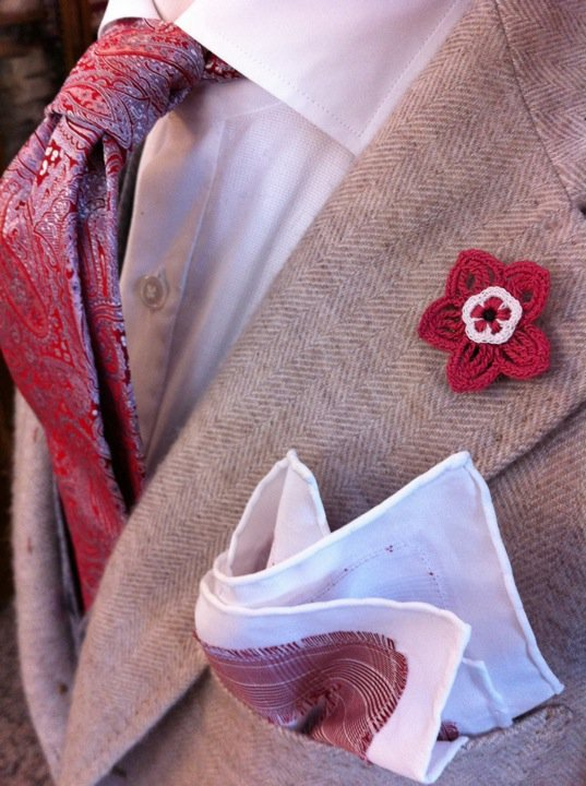 thestylebuff:  G Inglese Sartoria, pocket square and flower