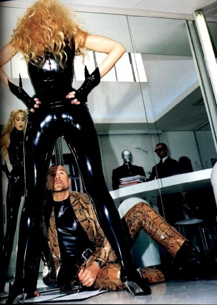 Thierry Mugler and Jerry Hall in his atelier