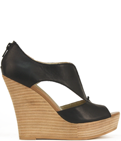 Love this wedge Seychelles Footwear has great shoes, discovered them on the runways of New York Fashion Week last month…