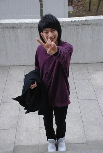 I love Ulzzang Kiseop. I love his happy little face.