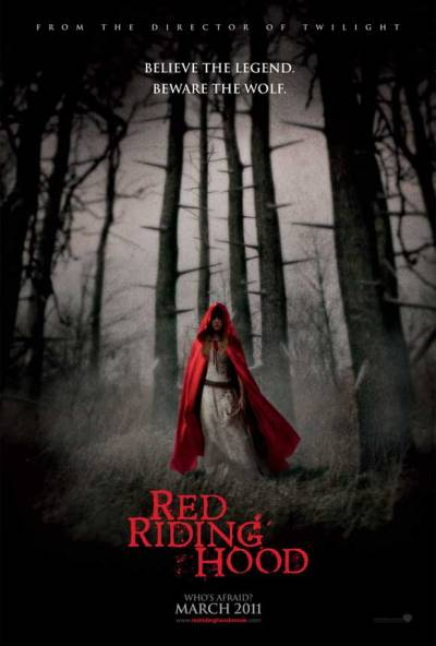 I think a Red Riding Hood movie is a great idea. This poster is mysterious as it is chilling. But is the fact that it's from the director of twilight isn't the greatest selling point. Please don't screw up this opportunity.
