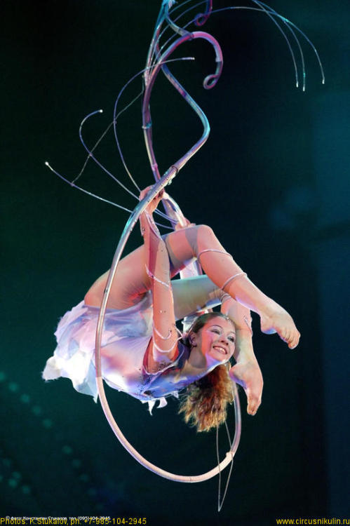 Maria Efremkina Her act is one of the most beautiful aerial numbers I've ever seen.