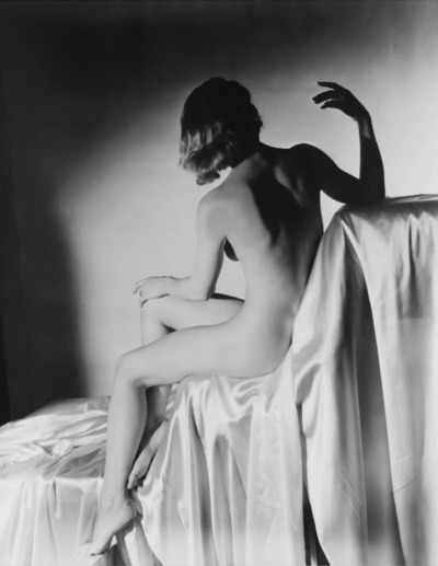 Horst P. Horst - Lisa (Fonssagrives) on Silk hands, NY 1940